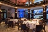 Diner in entreehal van het koninklijk instituut van de tropen kit in amsterdam locatie met meerwaarde voor natuur mens en cultuur