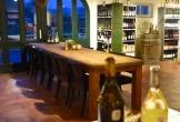 De wijnwinkel bij het nederlands wijnbouwcentrum in groesbeek