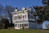 Huis aan zee muiderberg meerwaarde cultuur landhuis monument chique monumentale villa