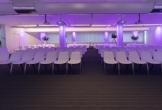 Foto congreszaal van voren