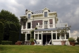 Huis aan zee muiderberg meerwaarde cultuur landhuis monument villa