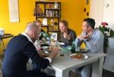 Praten en eten over sociaal ondernemen tijdens het dubbeldoeldiner bij double purpose in nieuwerkerk aan de ijssel